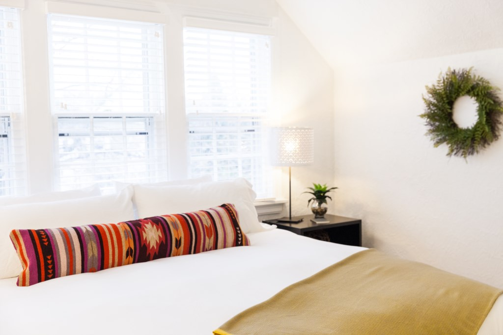 AirbnbFranceAve-6486