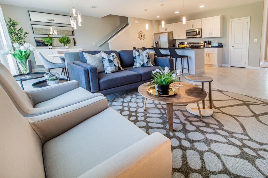 Modern New 4 Bed Villa 15 Mins to Disney LRT4 4438
