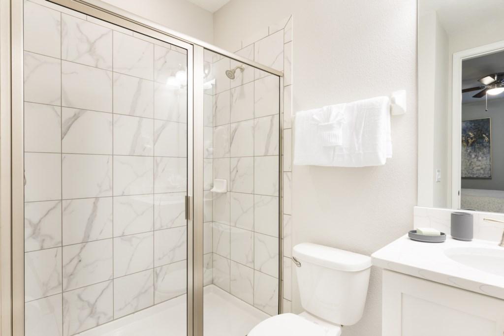 Bathroom 7.jpg