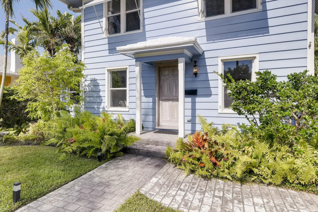Periwinkle Exterior Front Entry.jpg