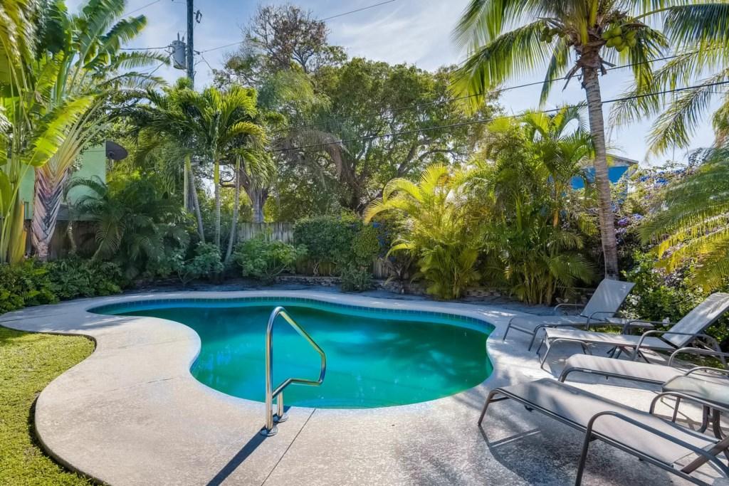 Fern Cottage Pool.jpg