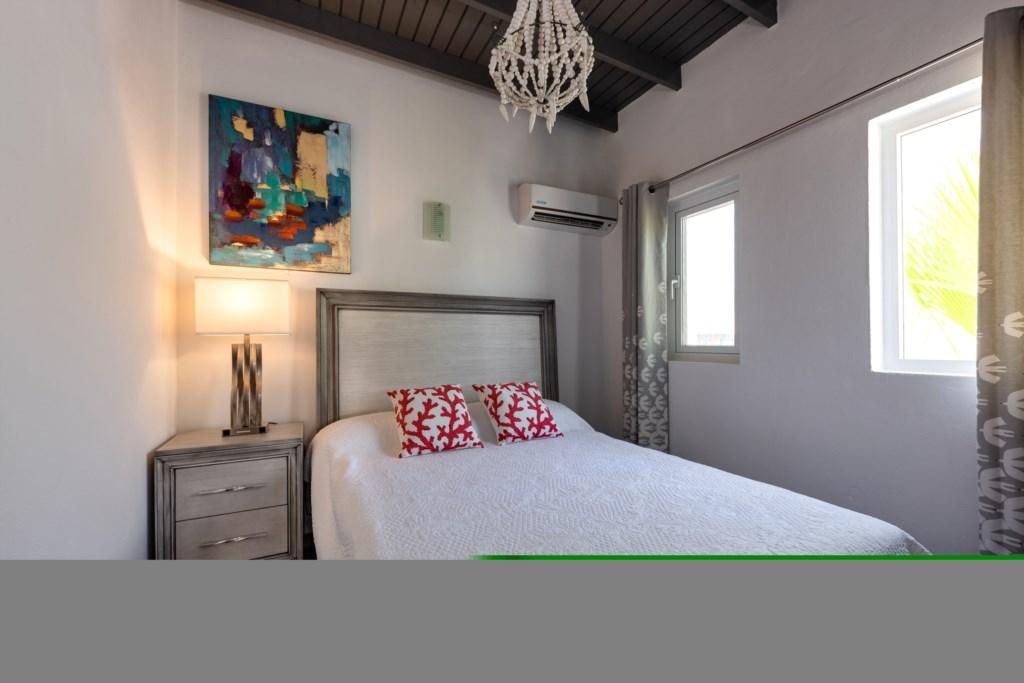 Brand-new Esmeralda Apartment