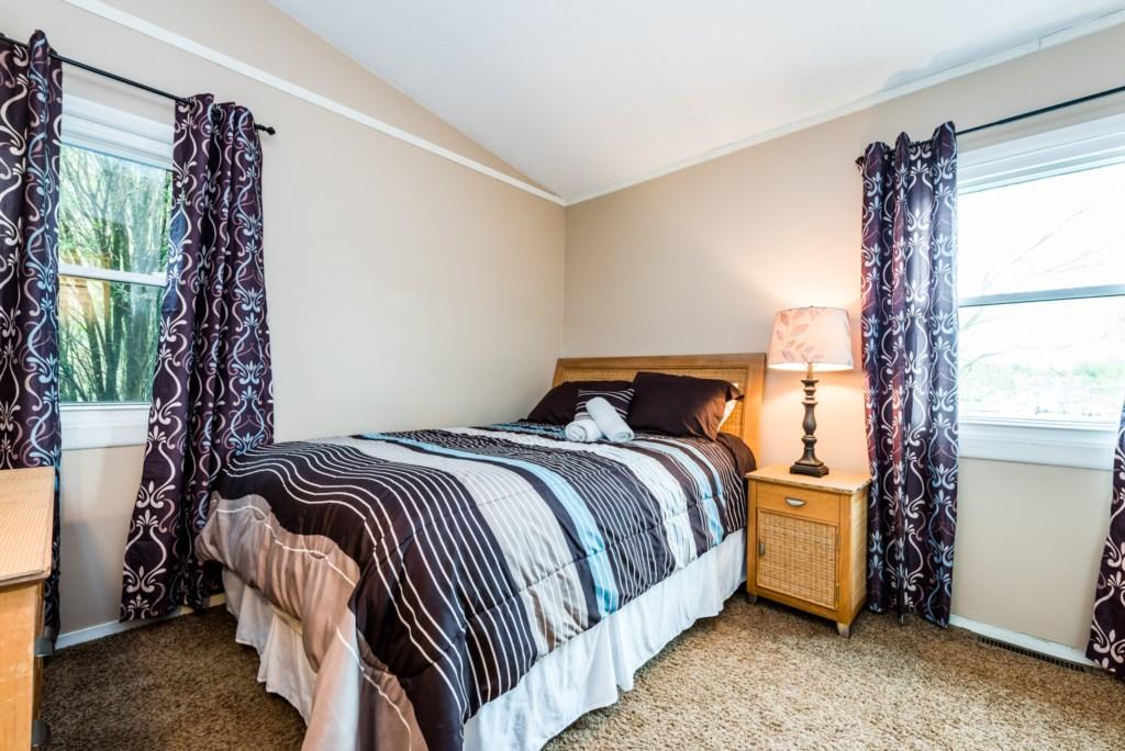Bedroom #2 (Queen)