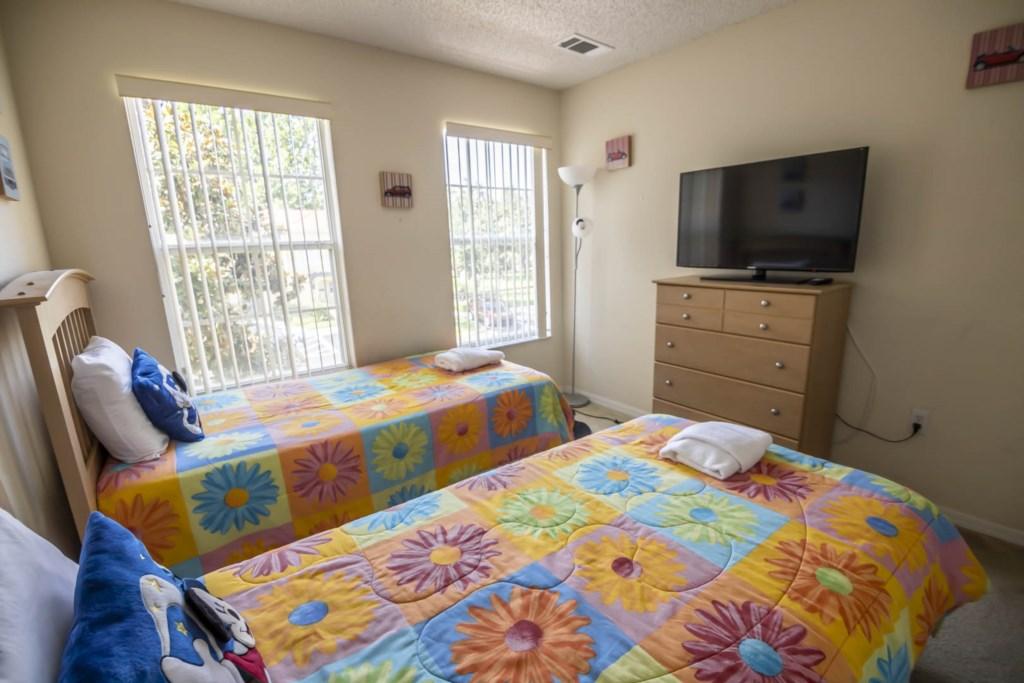 Jasmine - Bedroom 3 (2)