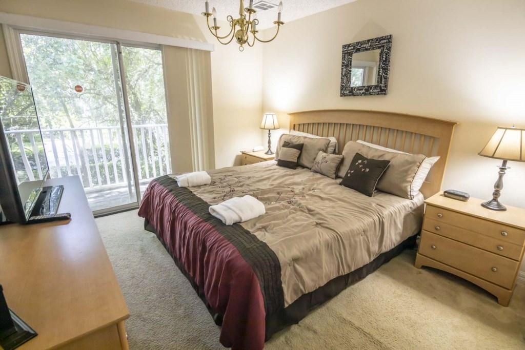 Jasmine - Master Bedroom (1)