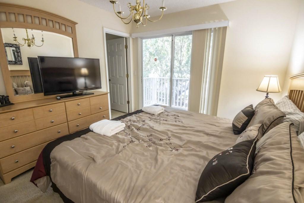 Jasmine - Master Bedroom (2)