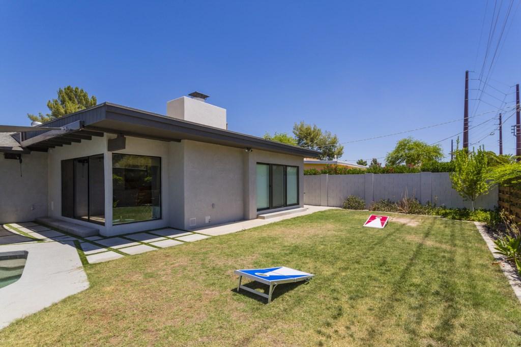Backyard-With-Cornhole.jpg