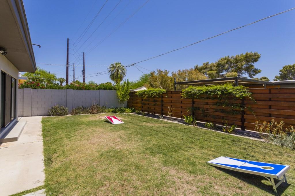 Backyard-and-Cornhole.jpg