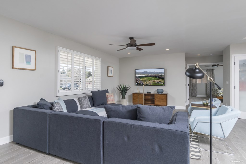 Living-Room-Sectional-Couch-and-TV