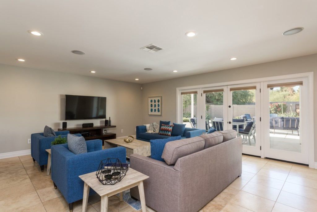 Incredible family room with 60 inch tv and bluetooth stereo
