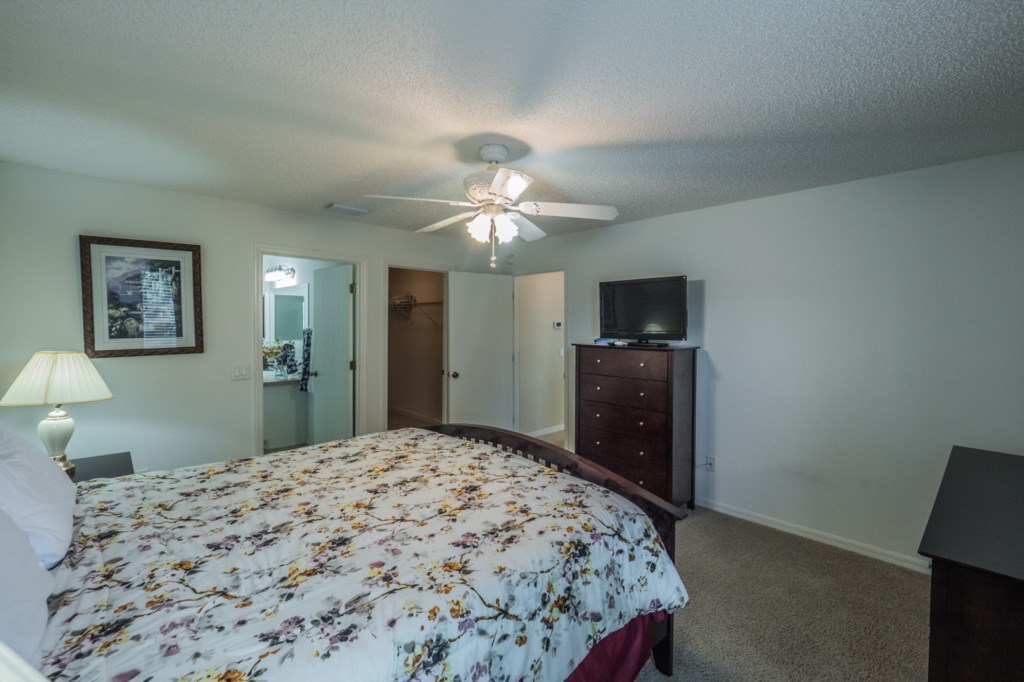 Master Bedroom - Ample dresser space and TV with cable hookup^