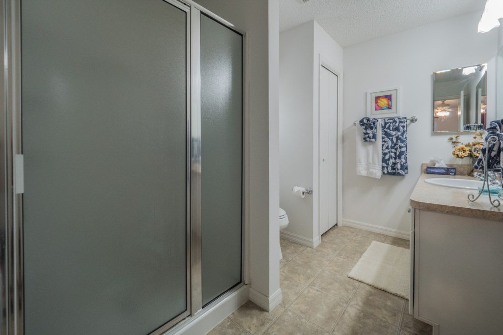 Master bathroom provides a walk in shower
