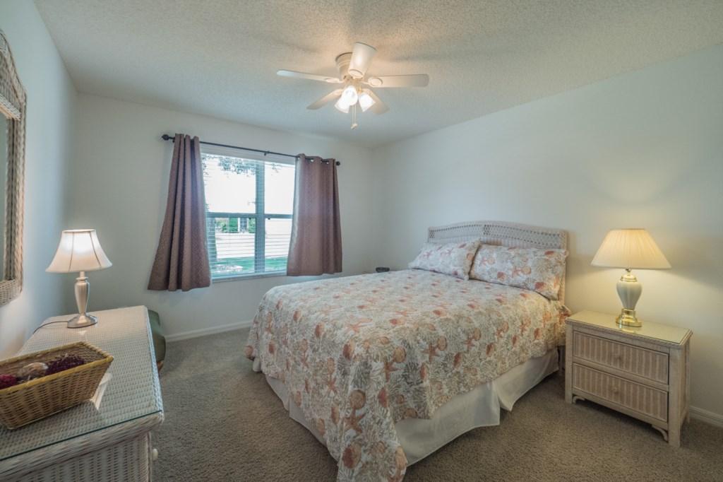 Guest bedroom 2 - Queen Size bed