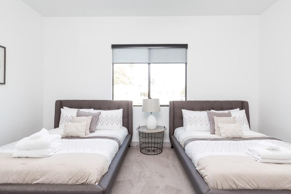 2nd Bedroom with 2 Queens