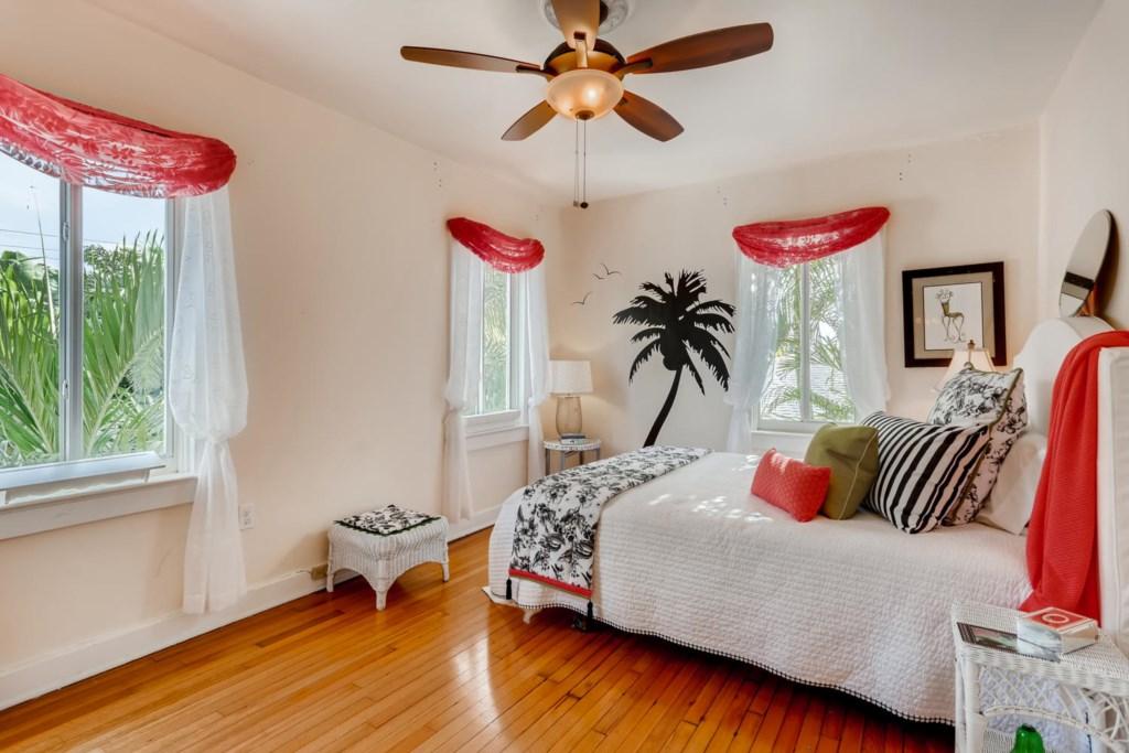 318 Cornell Dr Lake Worth FL-large-011-009-Bedroom-1500x1000-72dpi.jpg