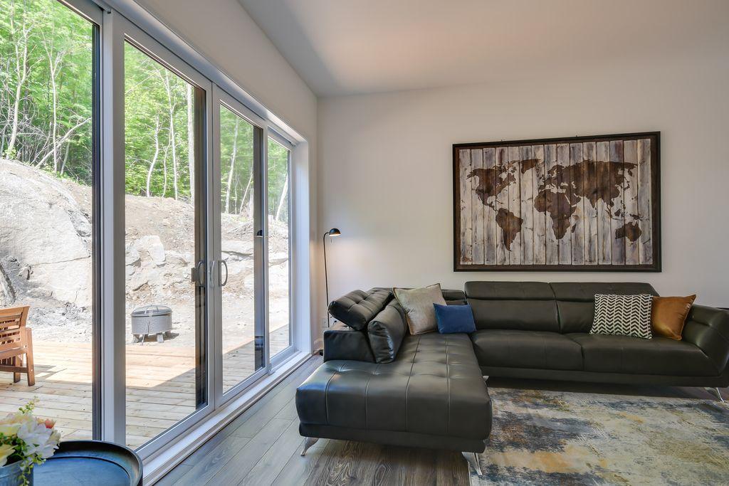 lily-blue-livingroom-2.jpg