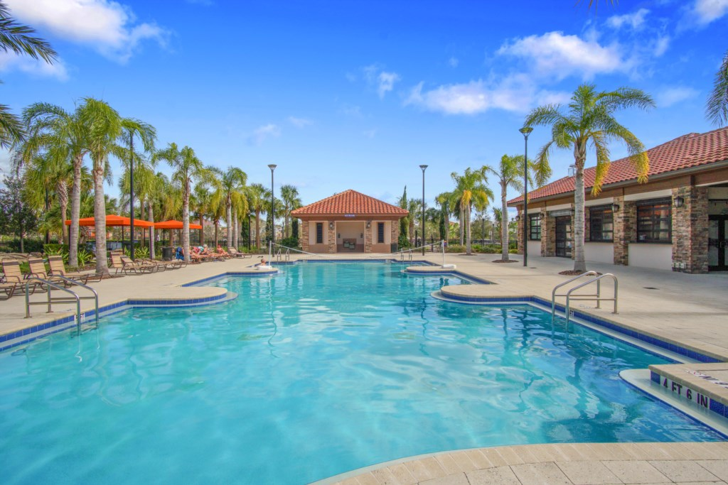Clubhouse Pools