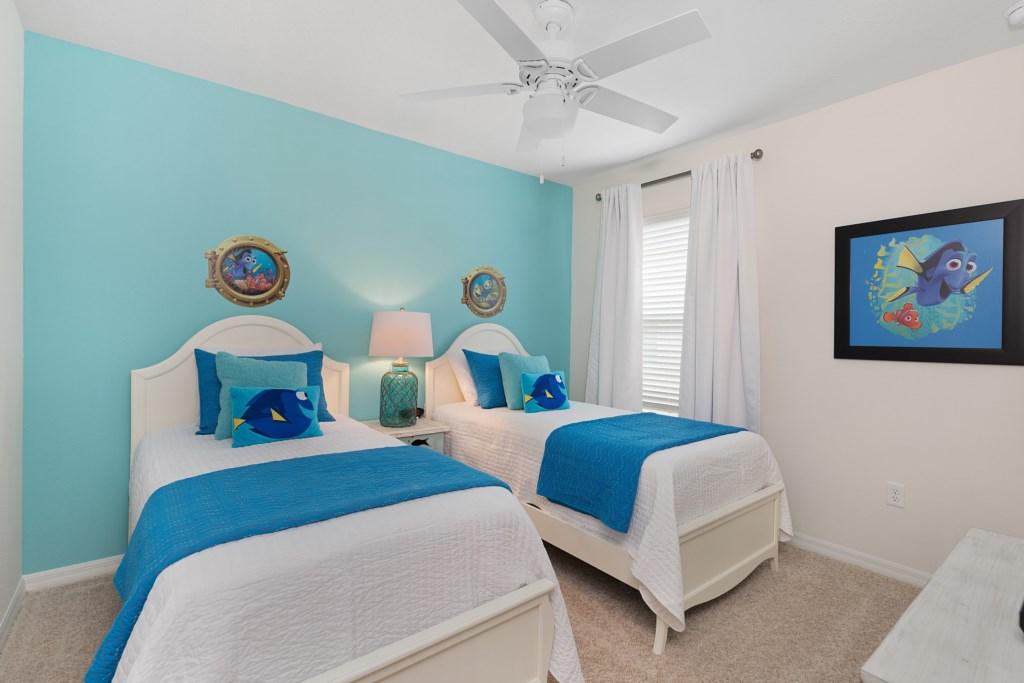 16 Nemo themed twin bedroom