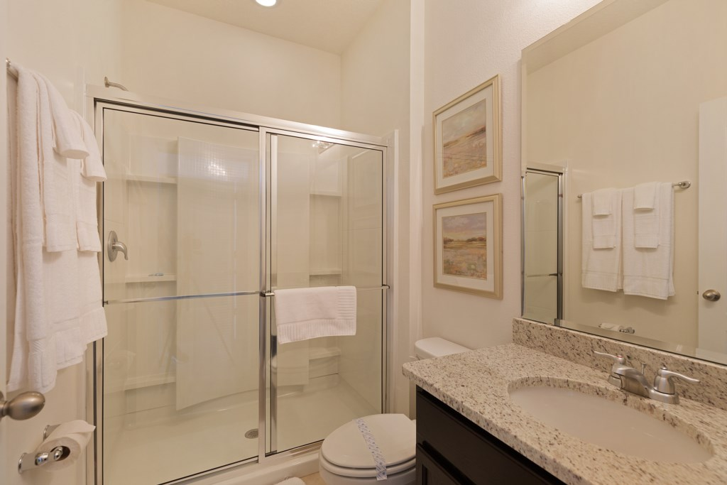 23 Ensuite with double shower