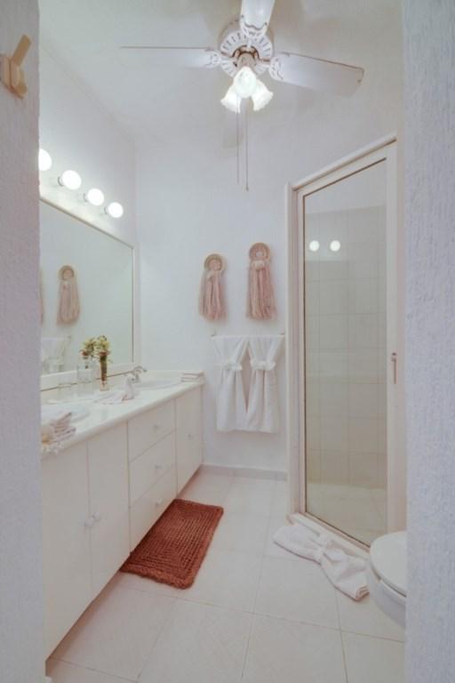 Tortuga-1st-Floor-Bathroom-683x1024.jpg