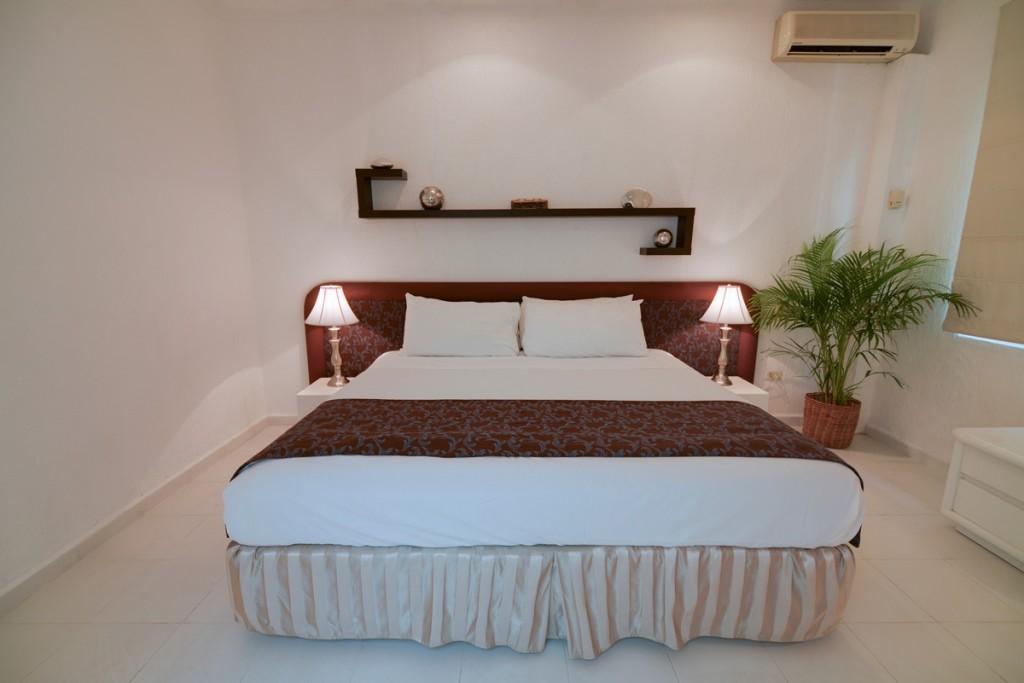 Tortuga-1st-Floor-King-Bedroom-A-1024x683-2.jpg