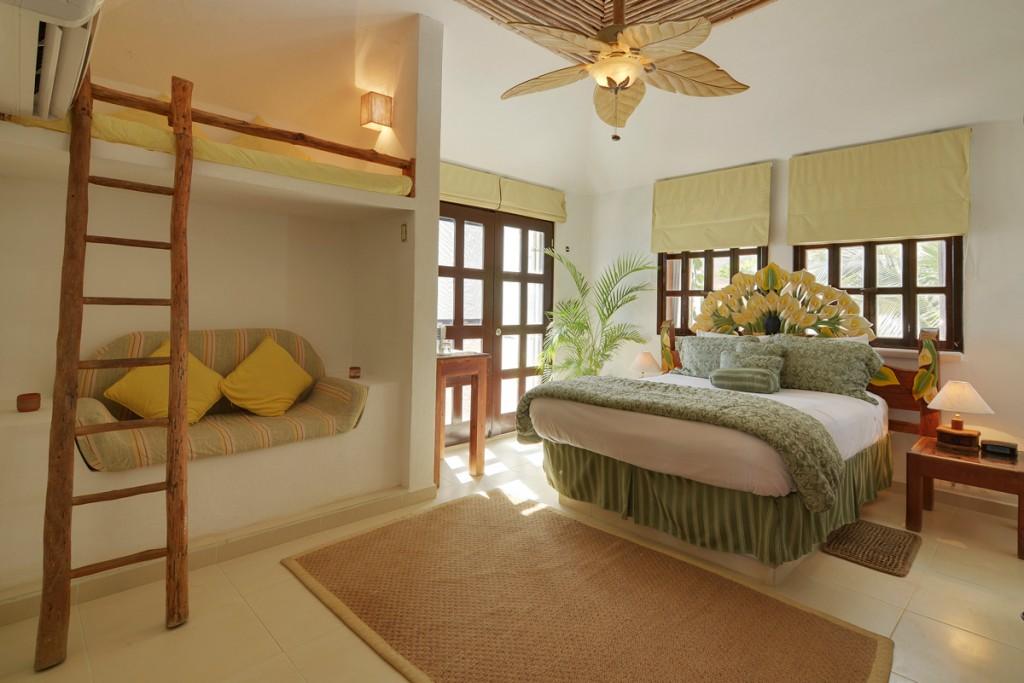 Secreto-2nd-Floor-Queen-Ocean-View-Bedroom-A-1024x683