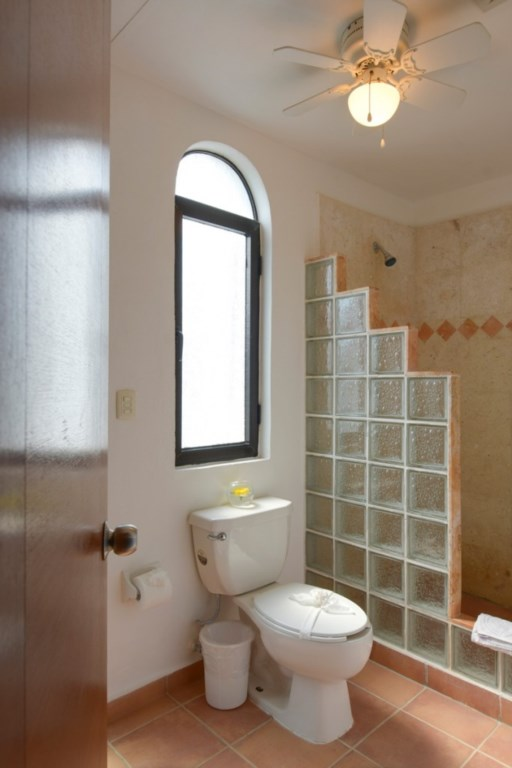 Umaki-Ha-1st-Floor-BR-Insuite-Bathroom-682x1024