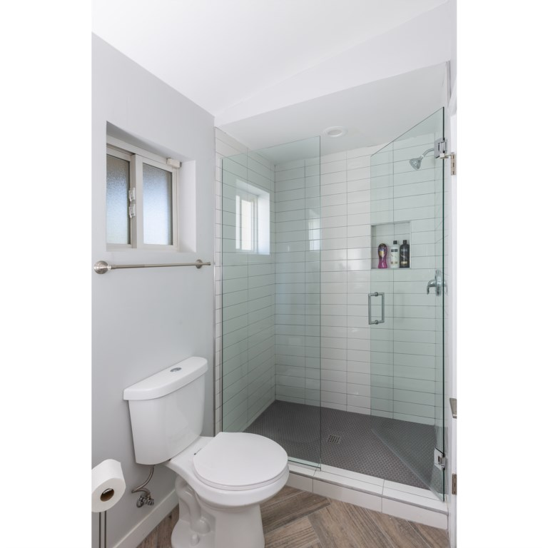 Master bathroom with Large walk in shower!