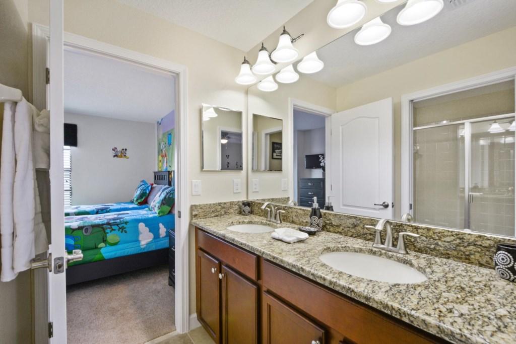 10_bathroom6