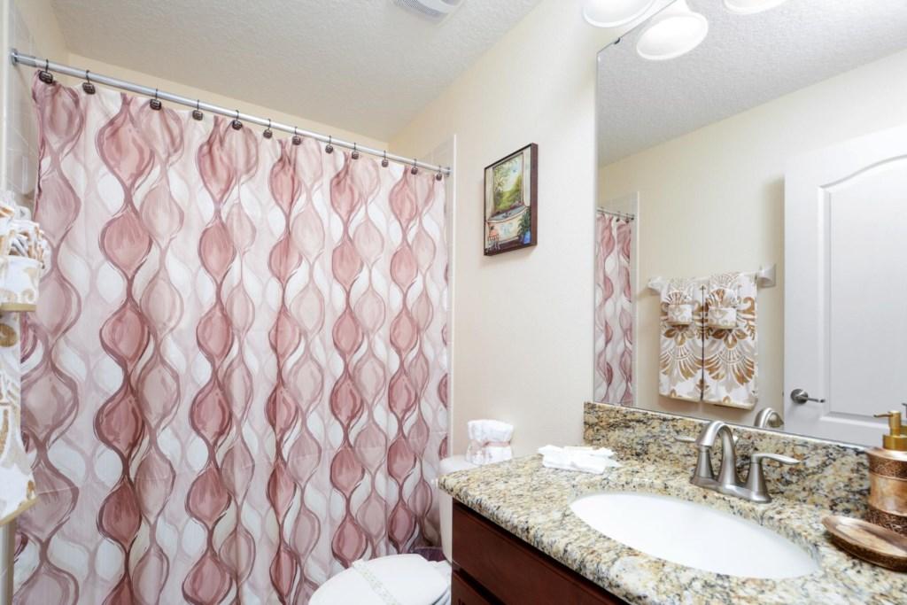 9_bathroom5