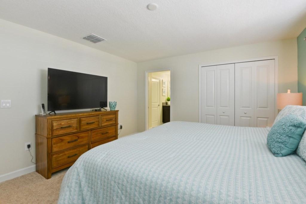 19_bedroom1.jpg