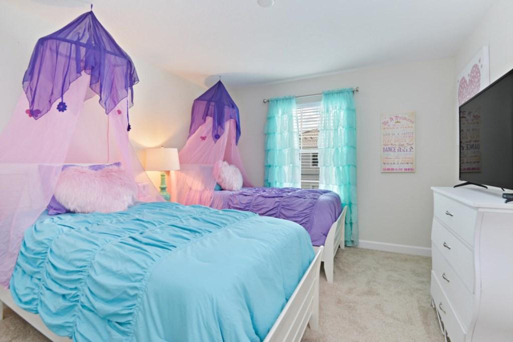 21_bedroom2.jpg