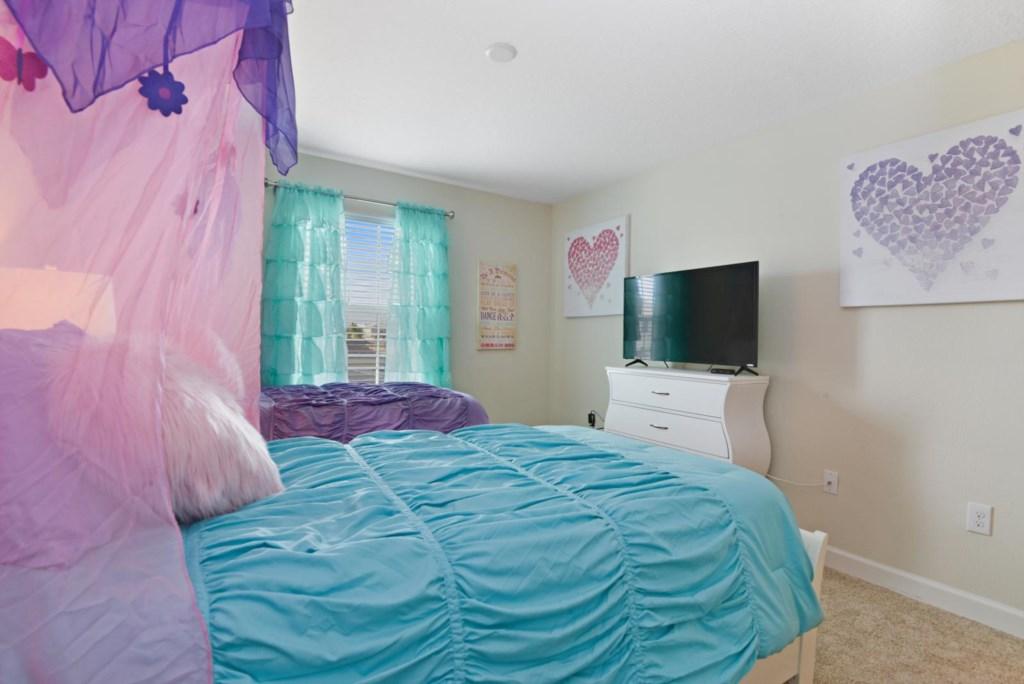 22_bedroom2.jpg