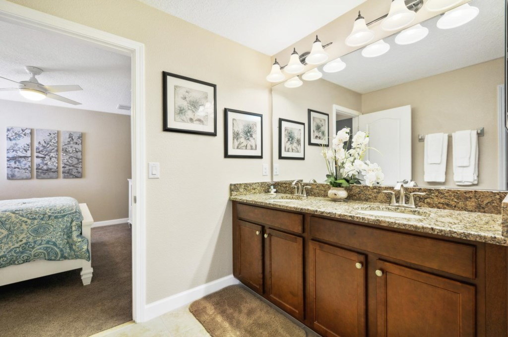 28_bathroom5_image1