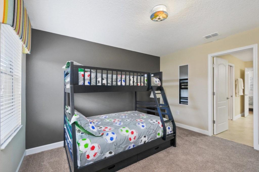 29_bedroom6_image1