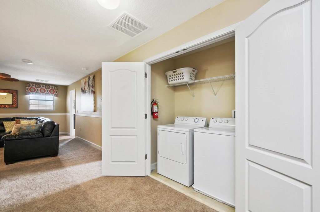 40_laundry_room_image1
