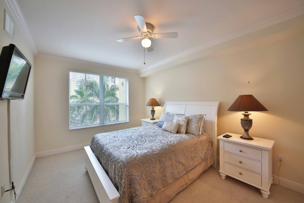 Master Suite with Private Bath and walk-in closet