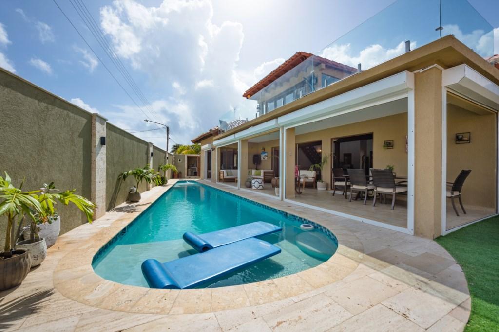 Designer villa in Opal with ocean view