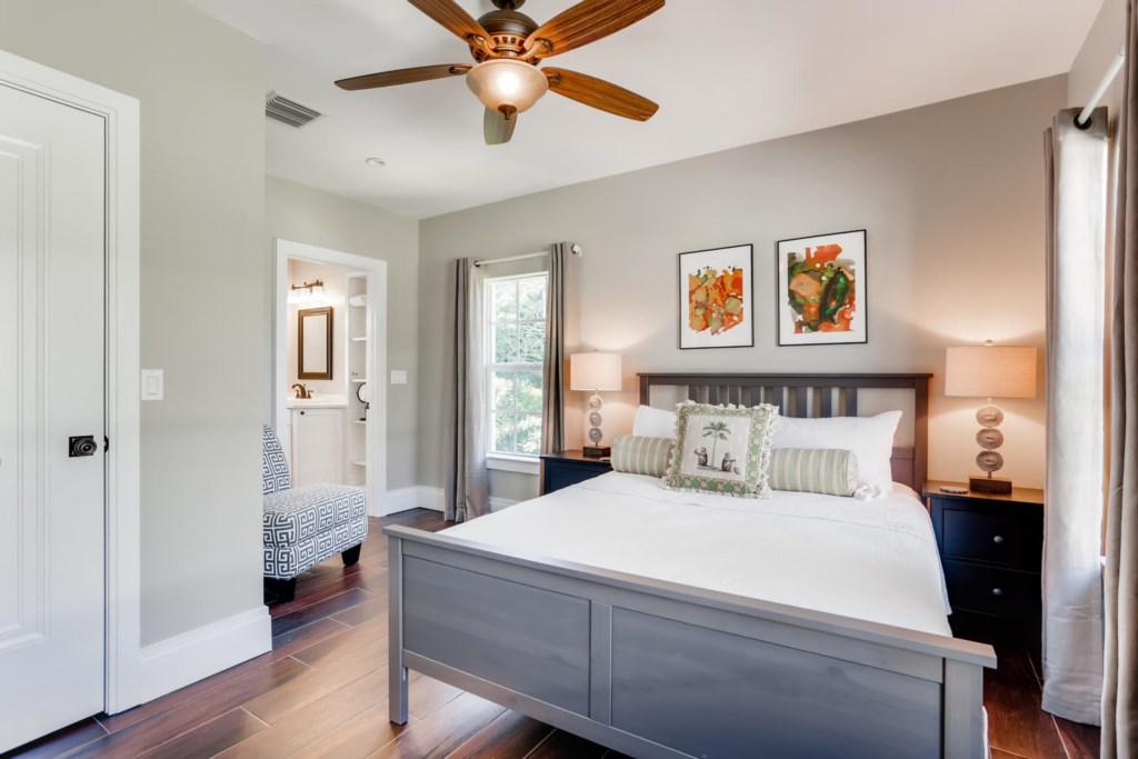 1205 Georgia Ave West Palm-large-007-005-Master Bedroom-1500x1000-72dpi.jpg