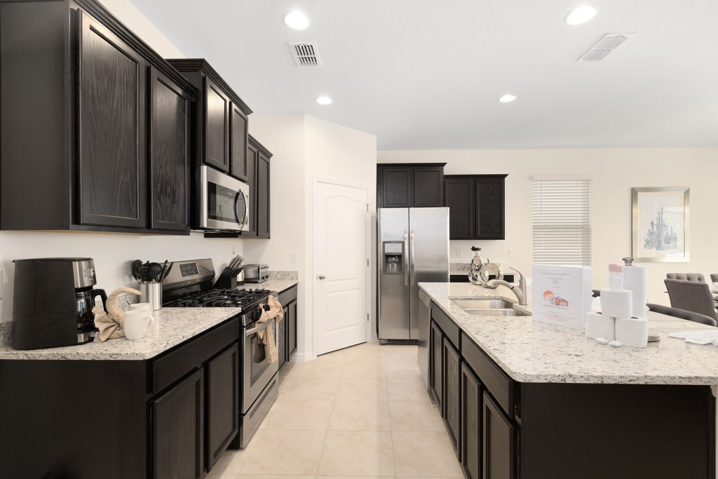 02 High End Kitchen Stainless Steel Appliances