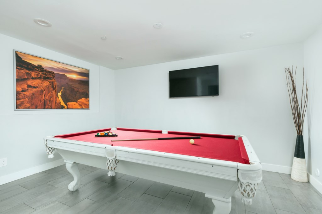 Game room, pool table and streaming smart TV