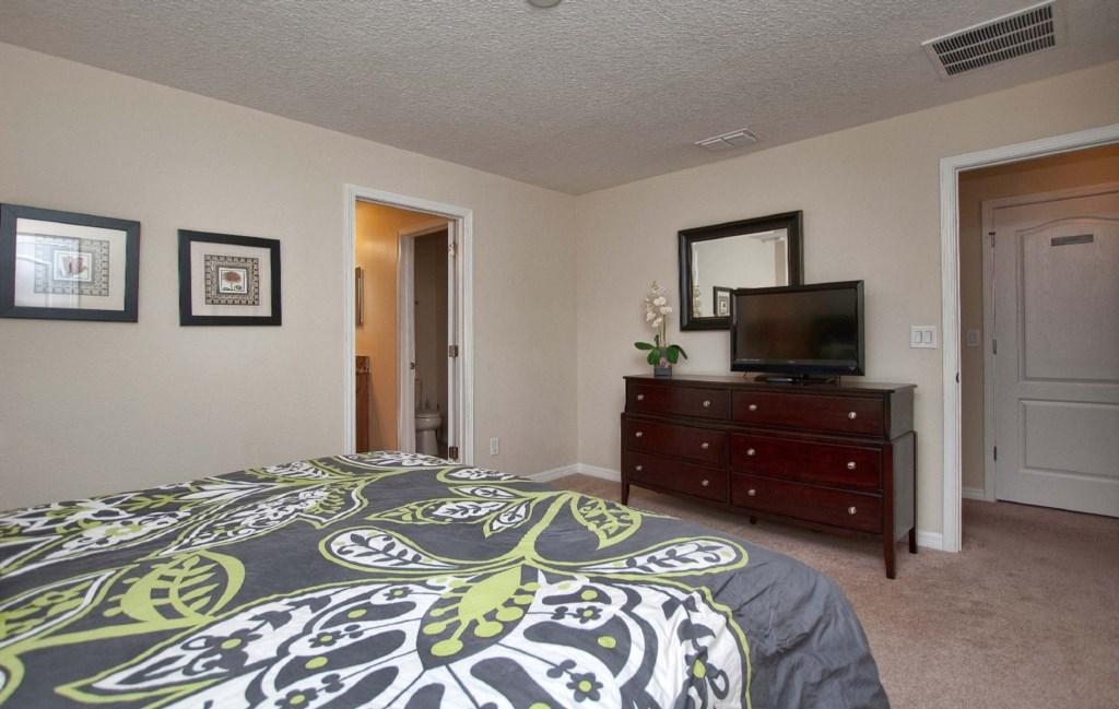 10Bedroom-3069