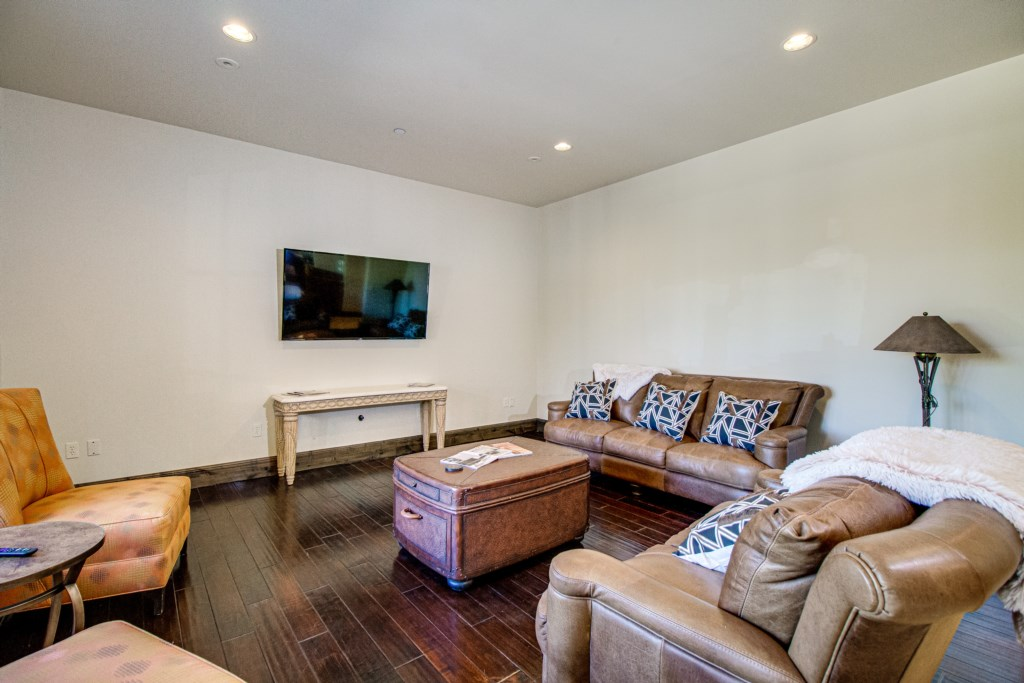 Secondary living room