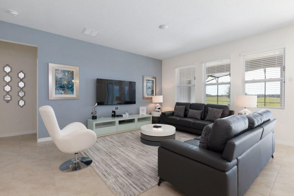 09 Main living area