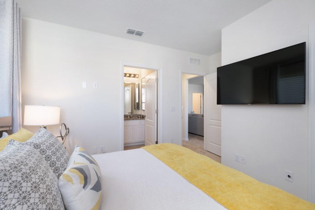 17 King bedroom TV