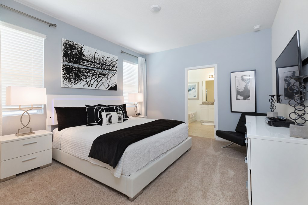 19 King Size Bedroom