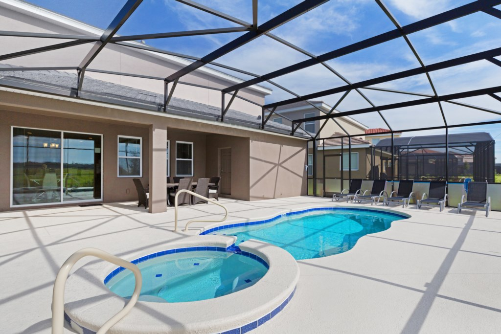 33 Extended Pool Deck