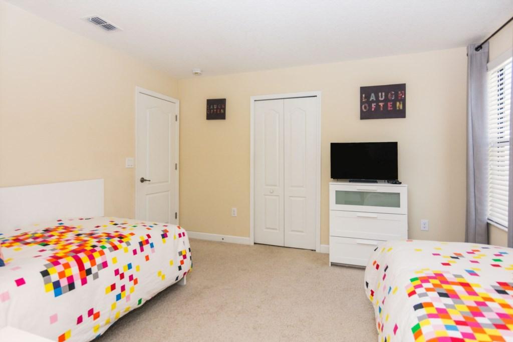 TwinBedroom3