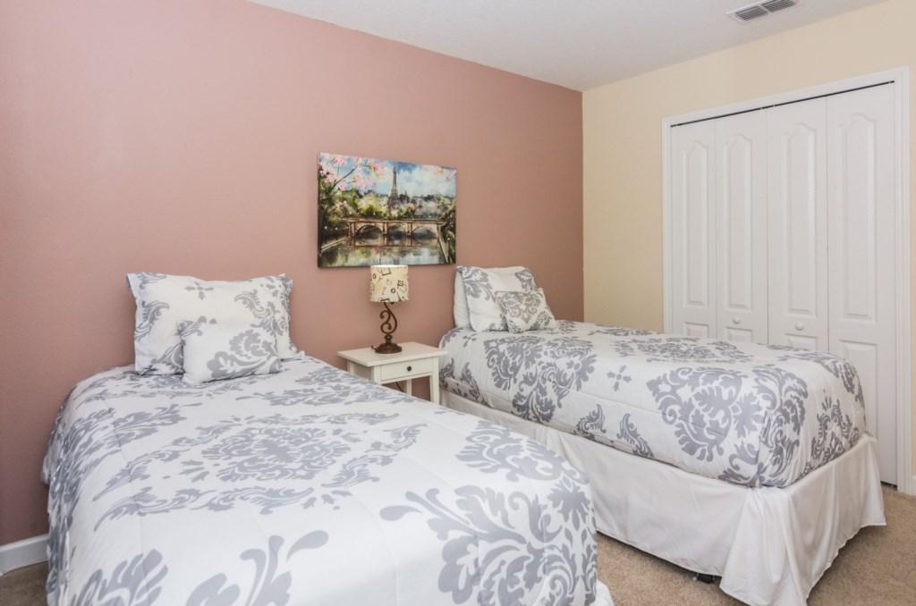 Grey Twin Bedroom 2.jpg