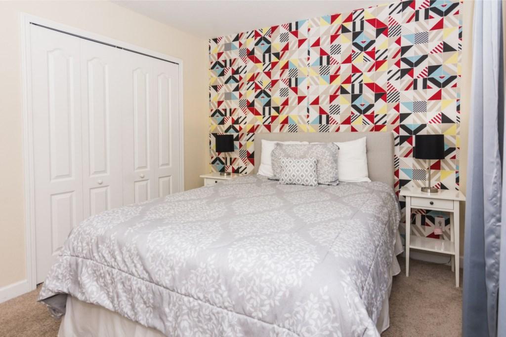 Queen Bedroom 2.jpg